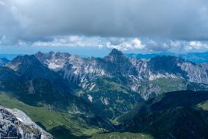 Blick von den Dri Türm nach Lichtenstein