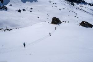 Abstieg vom Kanonensattel zur Alp Natons