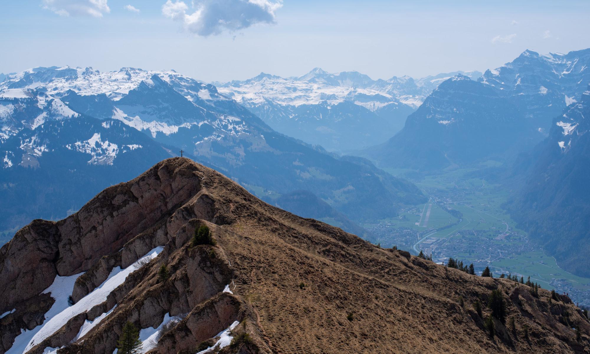 Plättlispitz - Sicht ins Glarner Haupttal