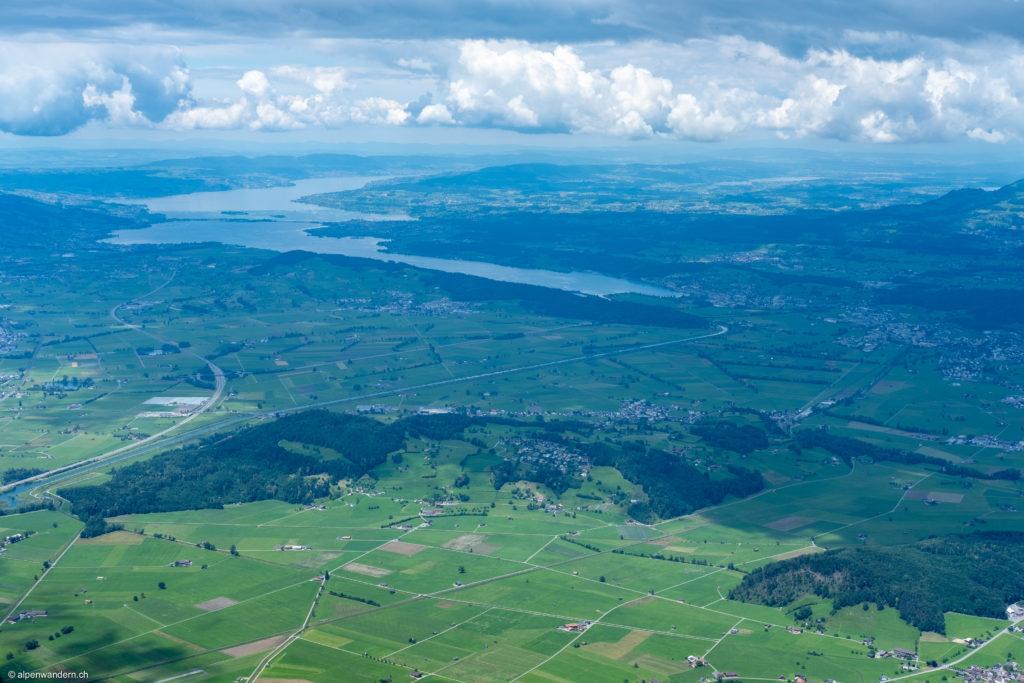 Linthgebiet mit Zürichsee und Zürcher Oberland