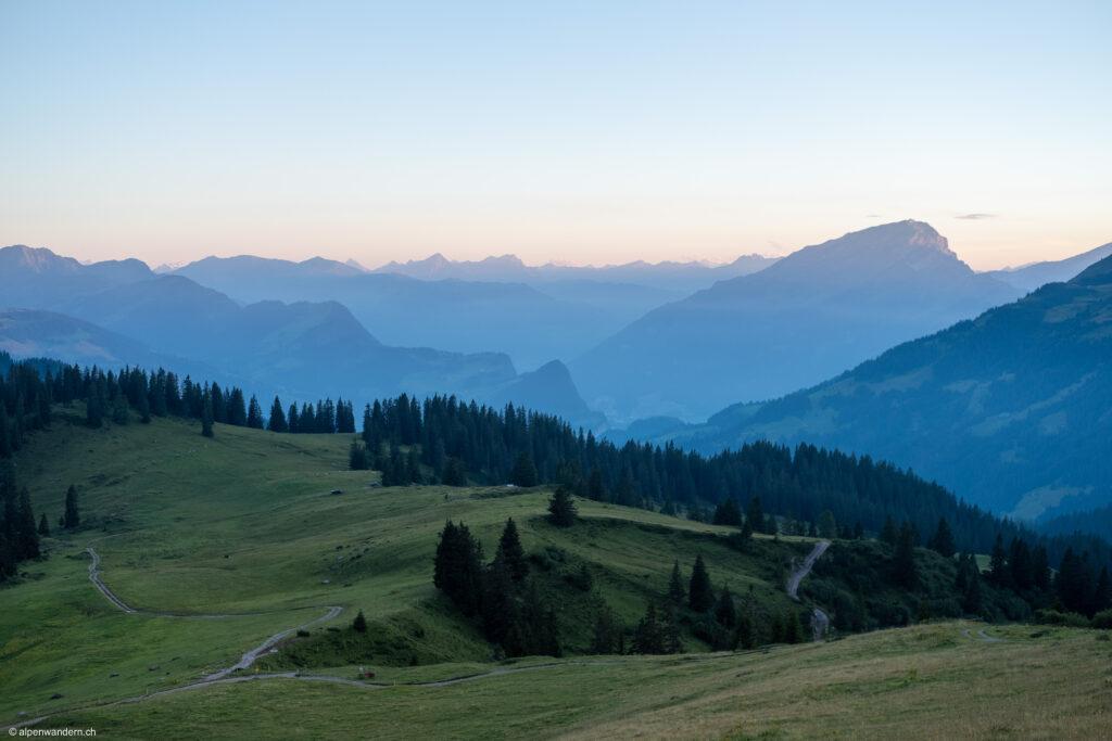 Blick von der Schesaplana Hütte SAC in Richtung Prättigau