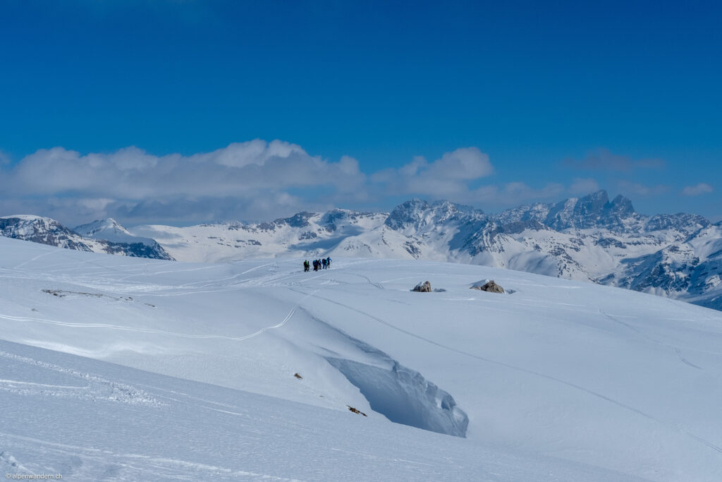 Tourengruppe Abstieg Cufercalhütte nach Sufers