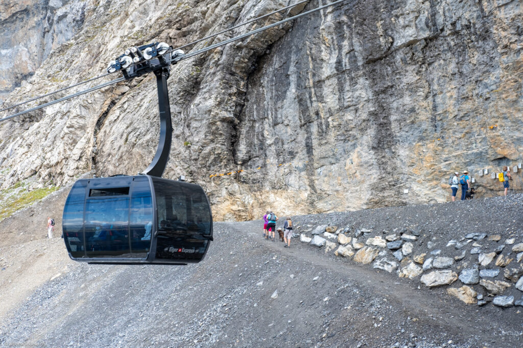 Eiger Express bei der Bergstation